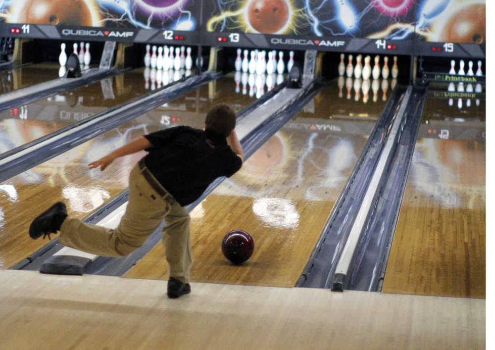High School Sports Bulldog Bowlers Will Spare No Pins At State 3 8 13 Le Mars Daily Sentinel