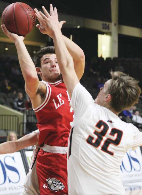 High School Sports: East pulls away from Le Mars for CNOS Classic